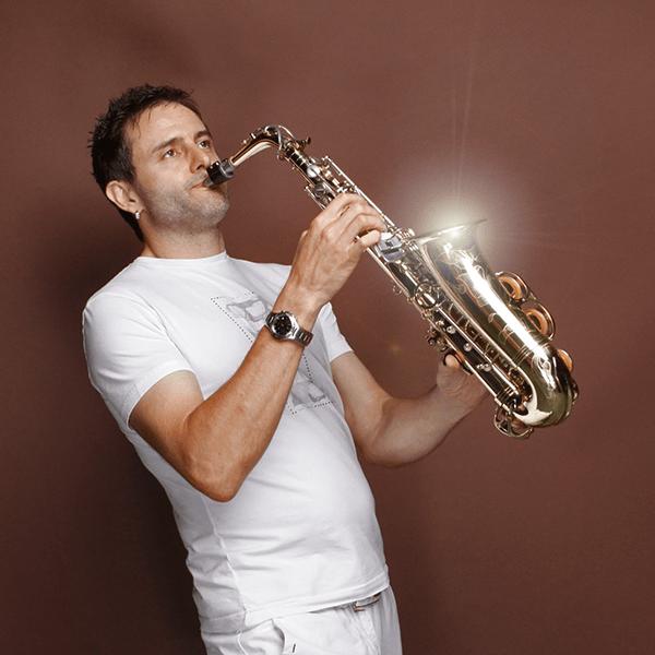 Saxophone_Didgeridoo06.png