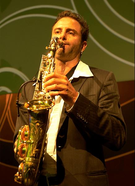Saxophone_Didgeridoo09.png